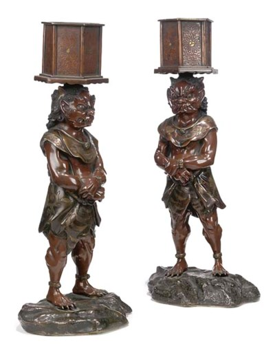 A PAIR OF JAPANESE BRONZE CENS