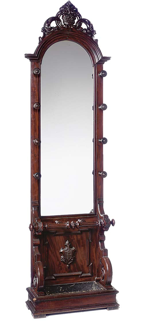 AN EARLY VICTORIAN MAHOGANY HALL STAND