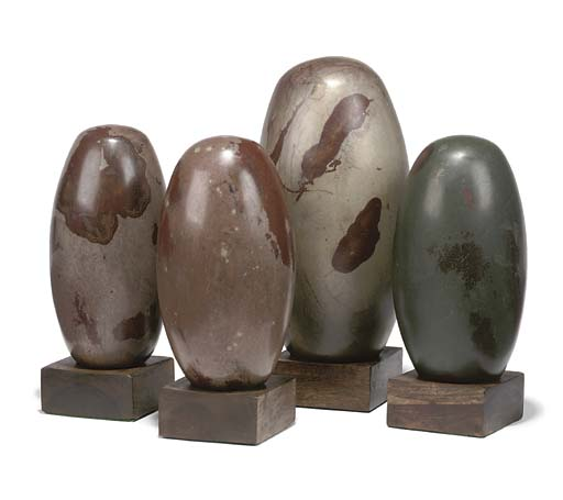 FOUR INDIAN LINGHAM STONES