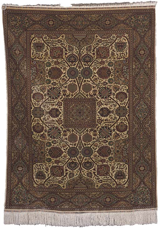 An extremely fine Hereke silk