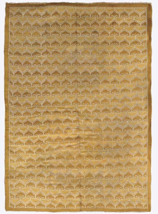 A Cuenca small carpet