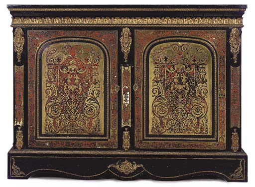 A FRENCH GILT-METAL MOUNTED AN