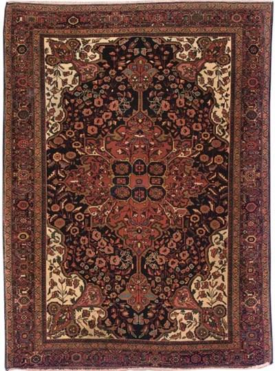 A fine antique Feraghan rug, W