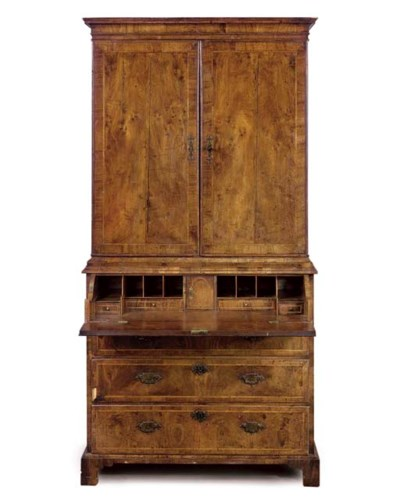 A GEORGE I WALNUT SECRETAIRE C