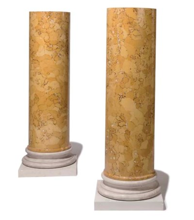 A PAIR OF FAUX SIENA SCAGLIOLA