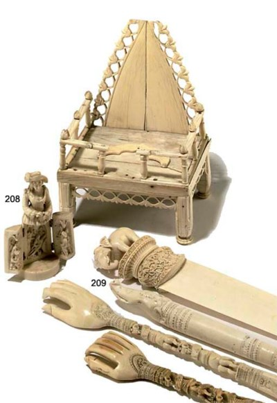 A COLLECTION OF INDIAN IVORY C