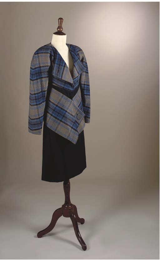 A SKIRT SUIT IN BLUE AND BLACK