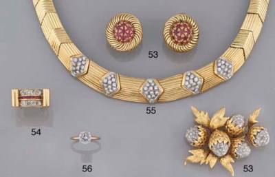 Three brooches and a pair of e