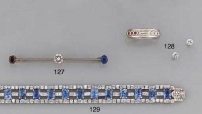 A DIAMOND, SAPPHIRE AND GARNET