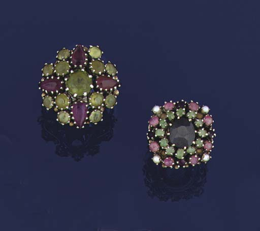 Two gem cluster rings, by Dorr