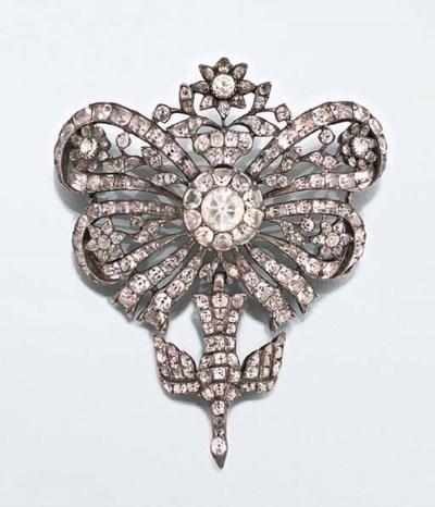An 18th century topaz brooch