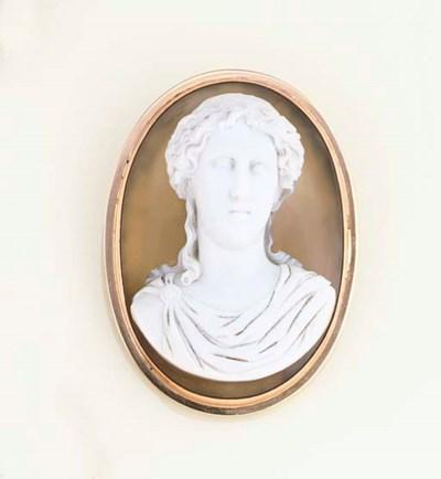 A 19th century agate cameo bro