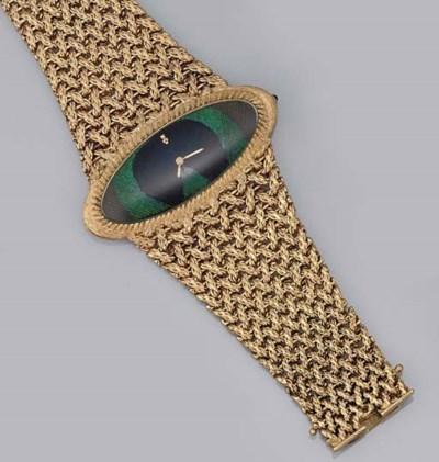 A lady's 18ct. gold wristwatch