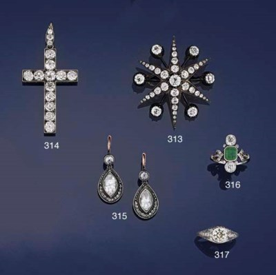 A Victorian diamond cross pend