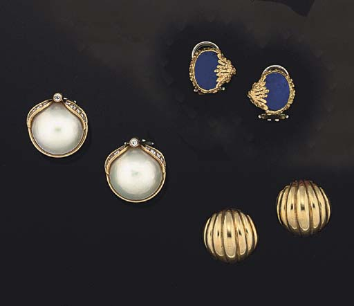 SIX PAIRS OF EARCLIPS