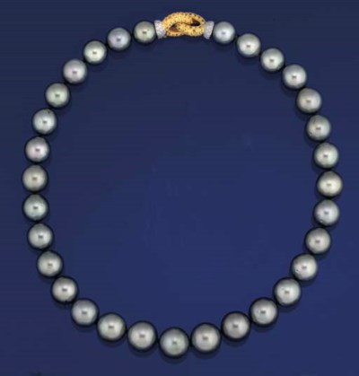 A grey cultured pearl and diam