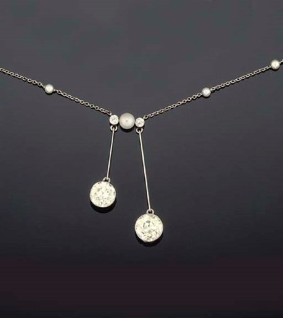 An Edwardian diamond two stone