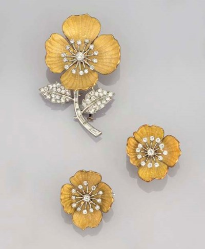 A set of enamel and diamond fl
