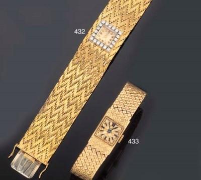 A lady's wristwatch, by Movado