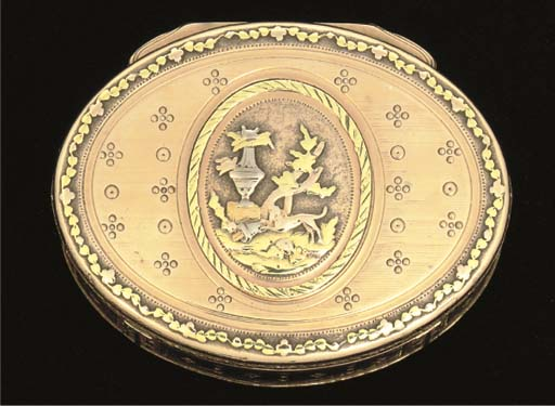 A three-colour gold snuff box