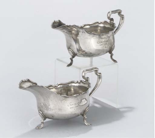 A PAIR OF SILVER SAUCE BOATS,