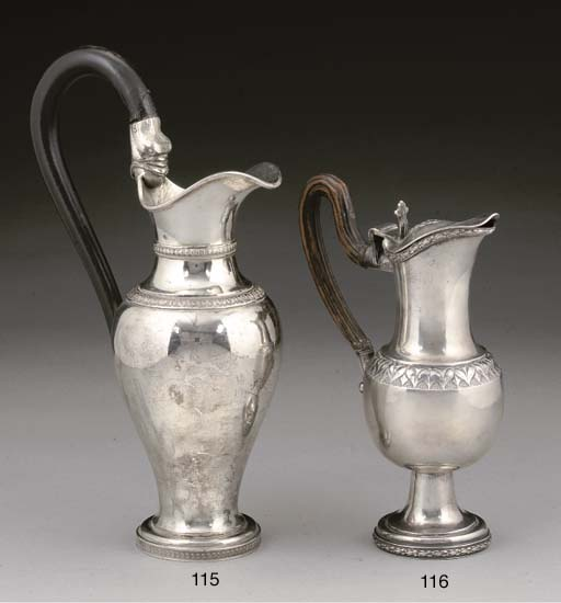 AN EARLY 19TH CENTURY GERMAN S