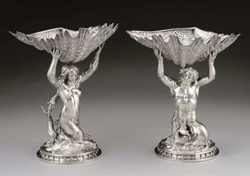 A PAIR OF DECORATIVE LATE VICT