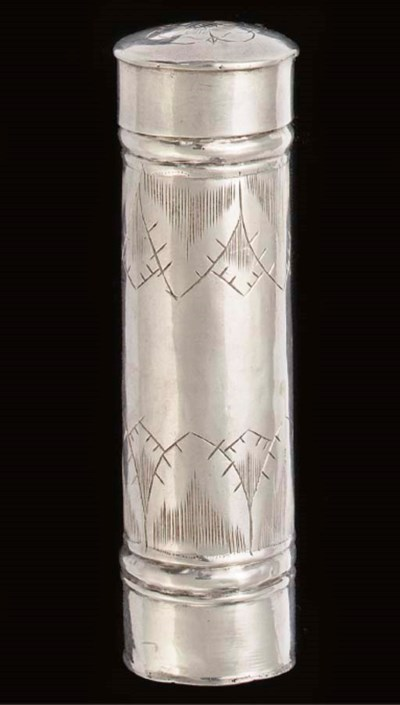 A QUEEN ANNE CYLINDRICAL SILVE