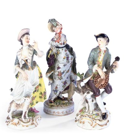 TWO MEISSEN FIGURES OF A MUSIC
