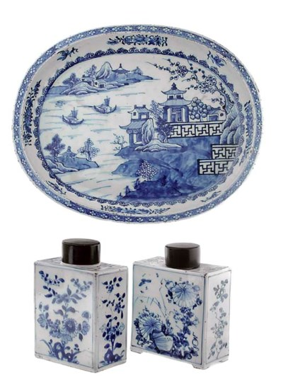 FIVE CHINESE BLUE AND WHITE DI