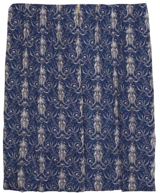A PAIR OF BLUE PRINTED COTTON
