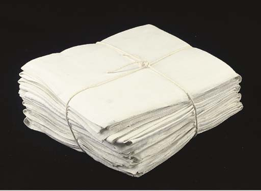 A LARGE SELECTION OF LINEN NAP