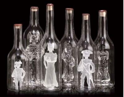 A MURANO GLASS BOTTLE CHESS SE