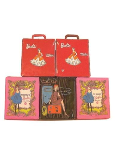 Five vinyl Barbie carrying cas