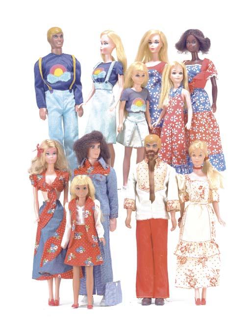 Barbie, Ken and Skipper in mat