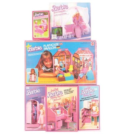 Barbie furniture 1980/90s