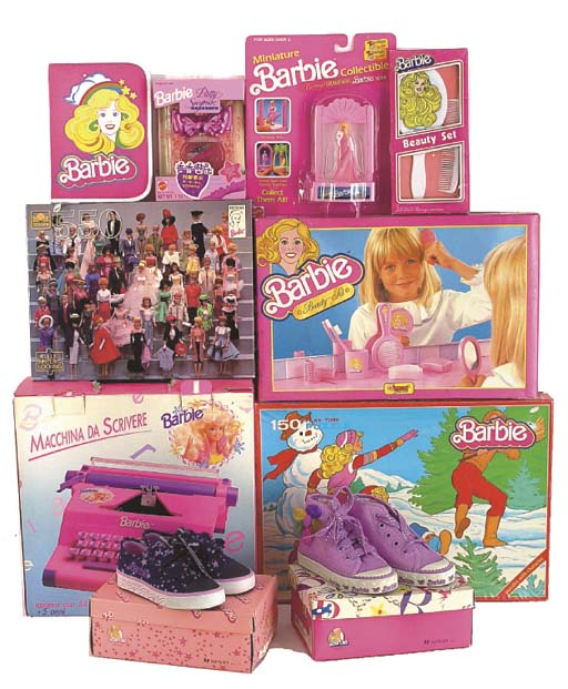 A large collection of Barbie m