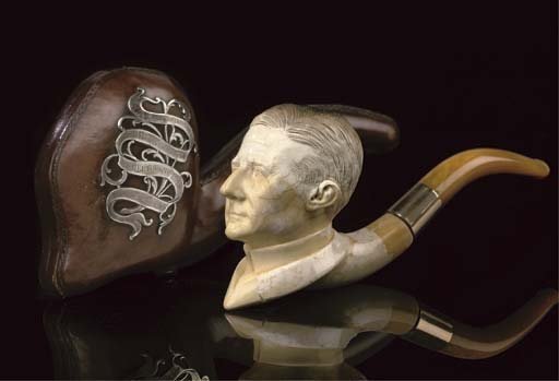 A MEERSCHAUM PIPE OF THE SHERL