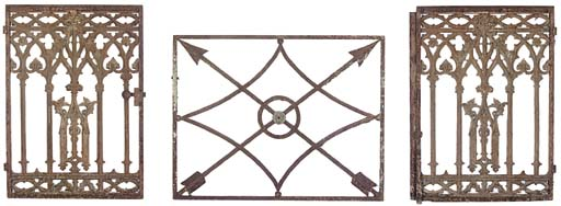 A PAIR OF CAST IRON LOW GATES
