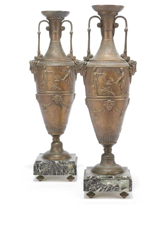A PAIR OF FRENCH SPELTER ORNAM