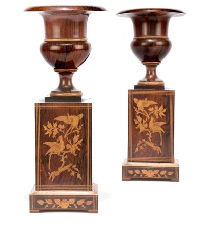 A PAIR OF FRENCH ROSEWOOD ORNA