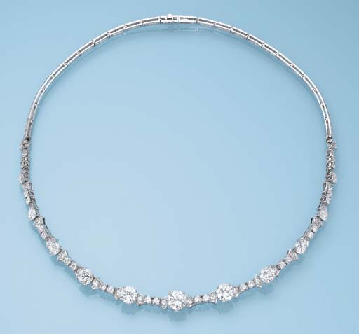 A DIAMOND NECKLACE, BY GÜBELIN