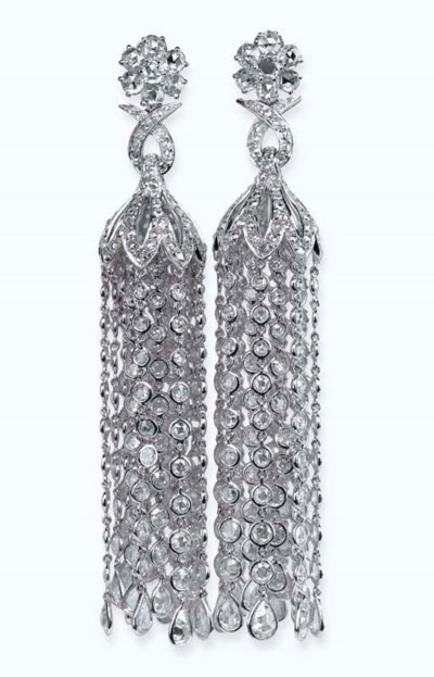 A PAIR OF DIAMOND 'CHANDELIER'