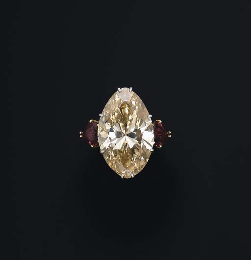 AN IMPRESSIVE COLOURED DIAMOND