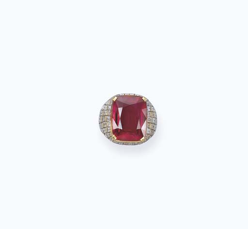 A MAGNIFICENT AND RARE RUBY RING, BY BULGARI