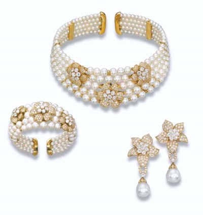 A CULTURED PEARL AND DIAMOND S