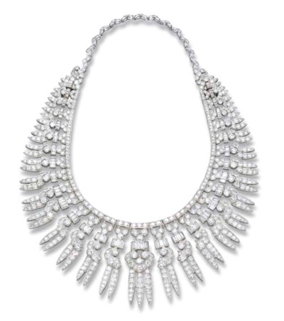 An Art Deco Fringe Necklace/Ti