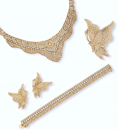 TWO SETS OF DIAMOND JEWELLERY