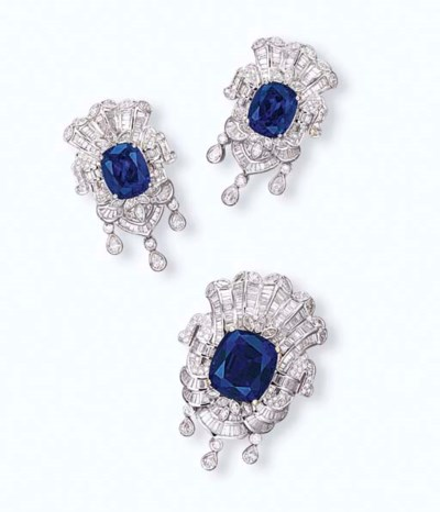 A SET OF TANZANITE AND DIAMOND