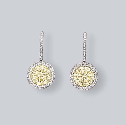A PAIR OF COLOURED DIAMOND AND DIAMOND EAR PENDANTS